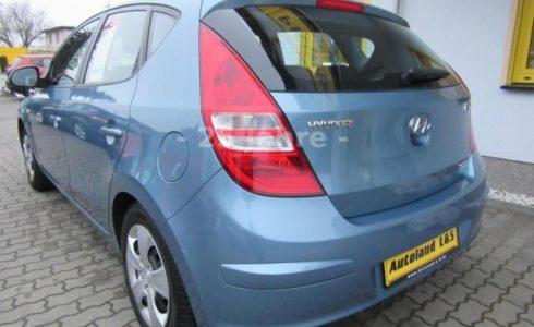 Hyundai Diesel blau metallic Ansicht Heck
