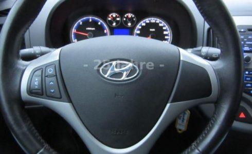 Hyundai i30 1.6 CRDi Armaturenbrett
