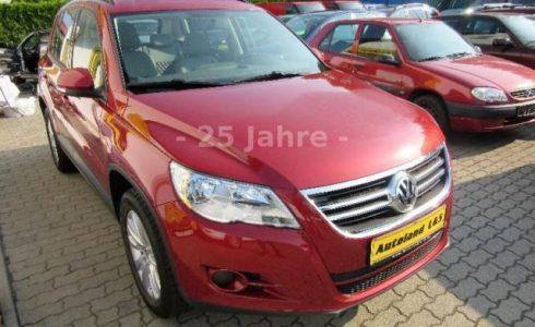 VW Tiguan Trend & Fun Farbe rot metallic