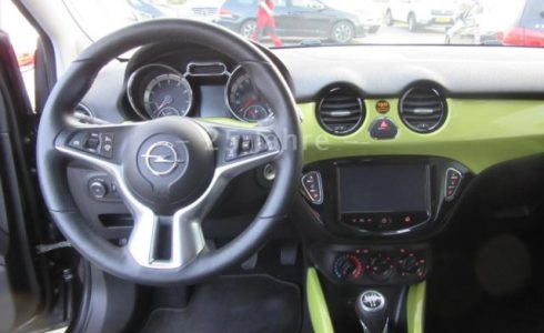 Opel-Adam-Cockpit